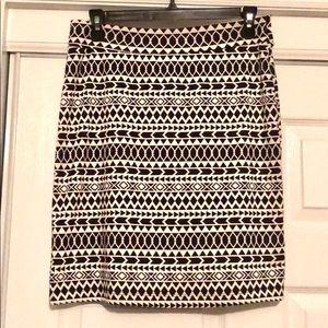 NWOT: ReneeC black and white patterned skirt